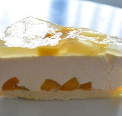 Фруктовое пирожное